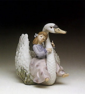CHARLOTTE (pic) swan 3